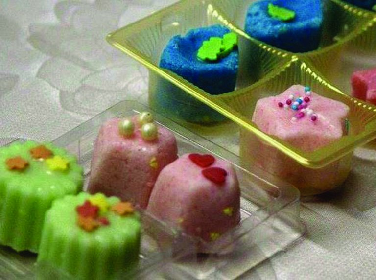 Grossansicht in neuem Fenster: Badepralinen und Kosmetik selbst machen