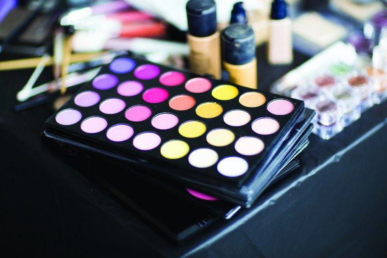 Grossansicht in neuem Fenster: Das erste Make up – Schminktipps für Teenager