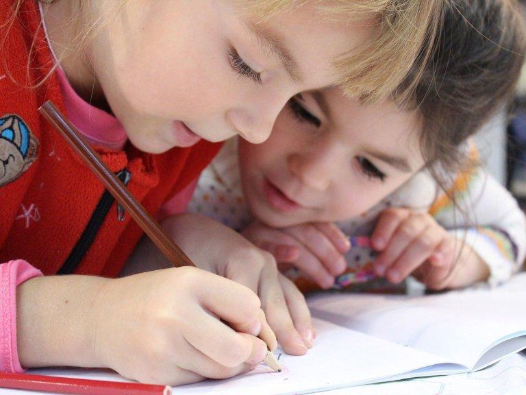 Soziales - Kindegarten & Schule